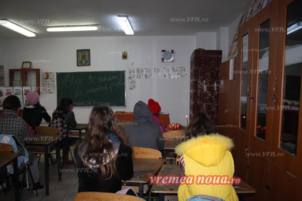 scoala din ibanesti - clasa, locul din banca si colegii (7)