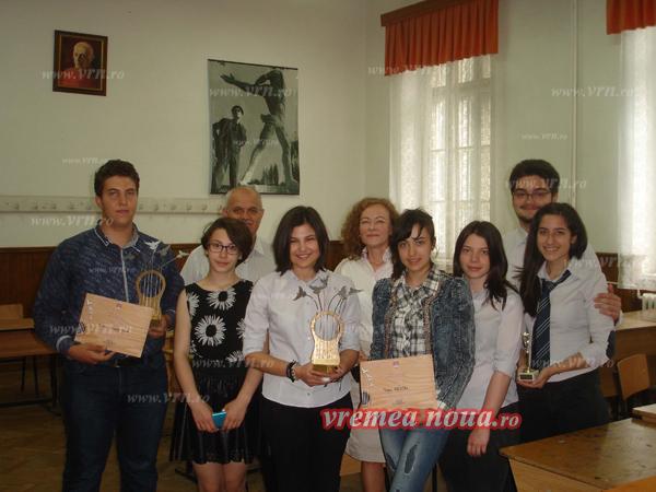 "Elevii codrenisti, pe podium la Festivalul ""Mai cu Folk"" (foto)"