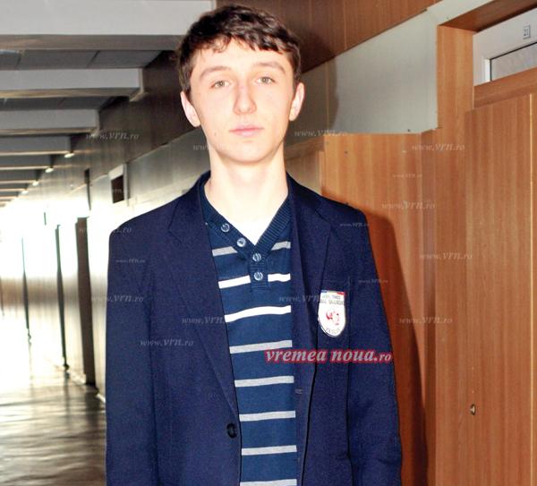 Andrei a fost medaliat cu bronz la Olimpiada Internationalã de Informaticã