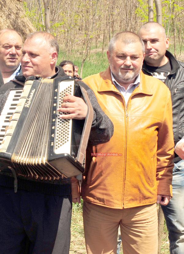 Provocarea lui Bichinet cãtre primele zece minti luminate ale României