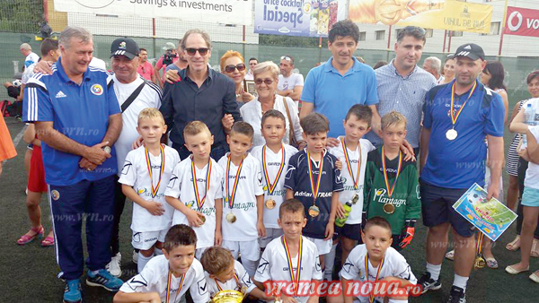 """LPS Vaslui, campioanã la """"Holiday Magic Cup"""" Iasi"""