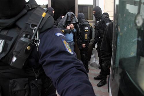 Traficantii politisti de frontierã moldoveni se întorc dupã gratii