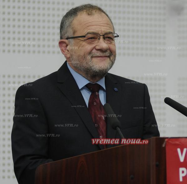 Buzatu va candida singur la presedintia PSD, duminicã