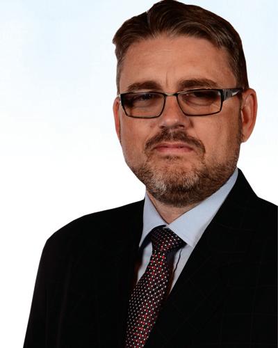 """Viitorul primar al comunei Gârceni este medic veterinar si are un motto original: """"Mândria mea este Gârceniul"""""""