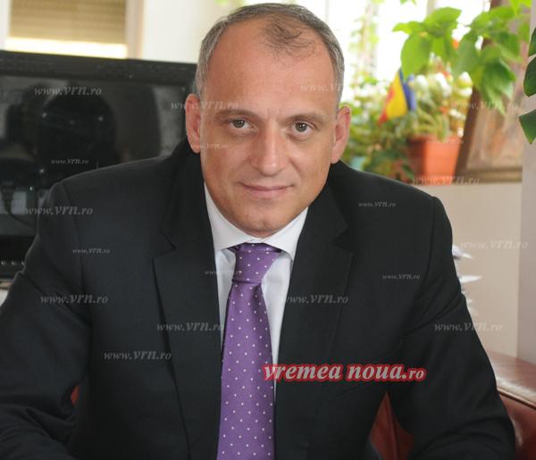 """Senatorul Dan Marian: """"PNL propune investitii de 800 de milioane de euro, pentru 400.000 de vasluieni"""""""