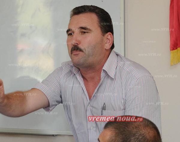 Firme de constructii importante, alungate de primarul Murgeniului pentru cã nu cotizeazã
