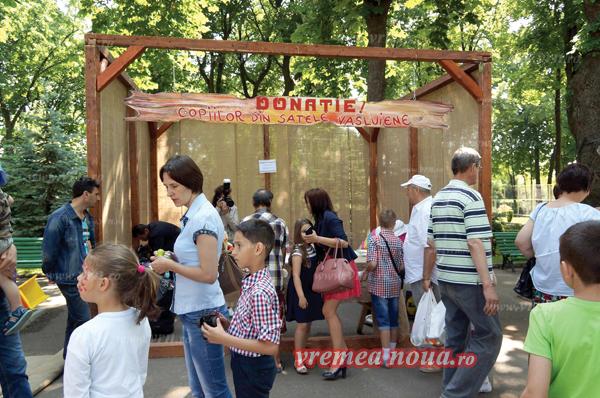 Târg de jucãrii în Parcul Copou