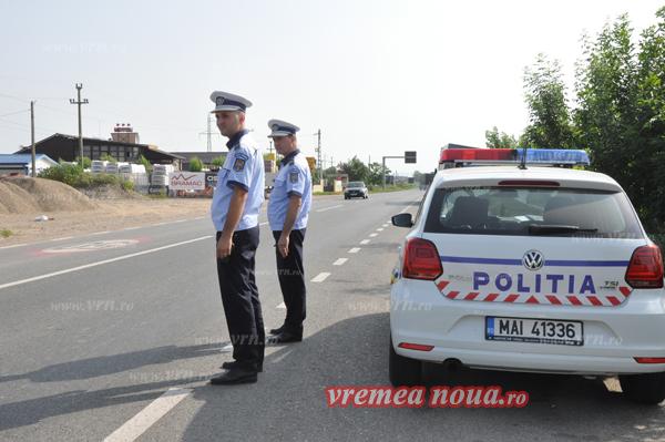 Politistii rutieri la datorie: au prins un sofer care a fugit de la locul accidentului