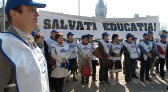 Profesorii vasluieni protesteazã astãzi la Bucuresti
