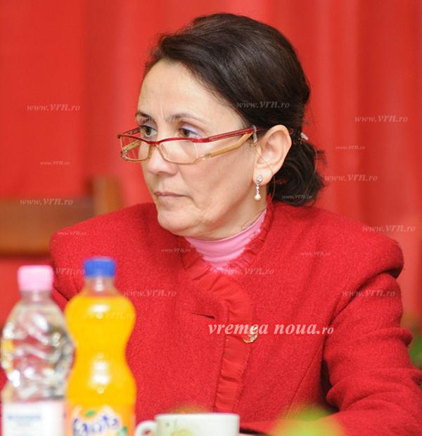 """Un parlamentar acuzã: """"Senatorul Doina Silistru a blocat pedepsele mai mari pentru cruzimea fatã de animale"""""""
