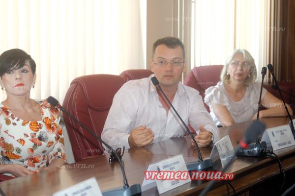 Primarul Bârladului vrea o farmacie non-stop în oras! (foto)