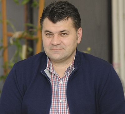 Miticã Buzatu îi face un hatâr lui Caragatã: a scos la concurs postul de administrator public al judetului
