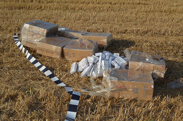 A revenit moda contrabandei cu deltaplanul
