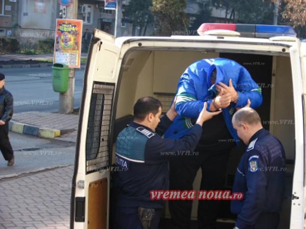 Criminalul care si-a abandonat victima în agonie, rãmâne în arest!