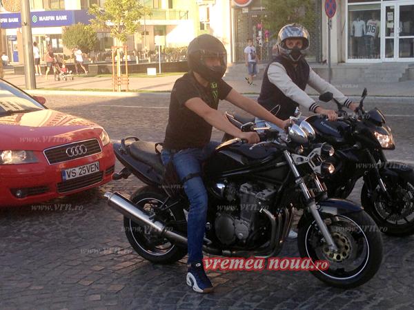 FAZA ZILEI: Viceprimarul Vasluiului patruleazã pe motocicletã!