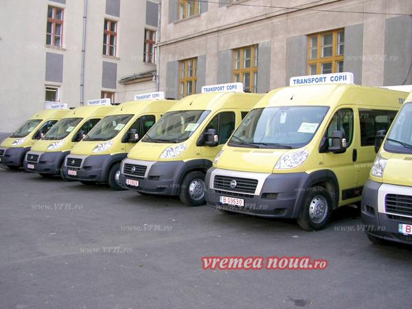 Raioanele moldovenesti, cu care Vasluiul are contracte de înfrãtire, vor primi 100 de microbuze