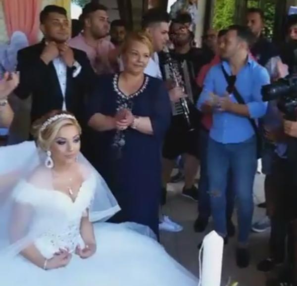 Vasluieni terorizati de muzica nuntasilor de la Hotel Europa (video)