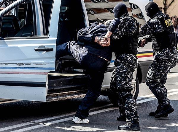 Seful traficantilor de tigãri de la Zorleni rãmâne în arest la domiciliu