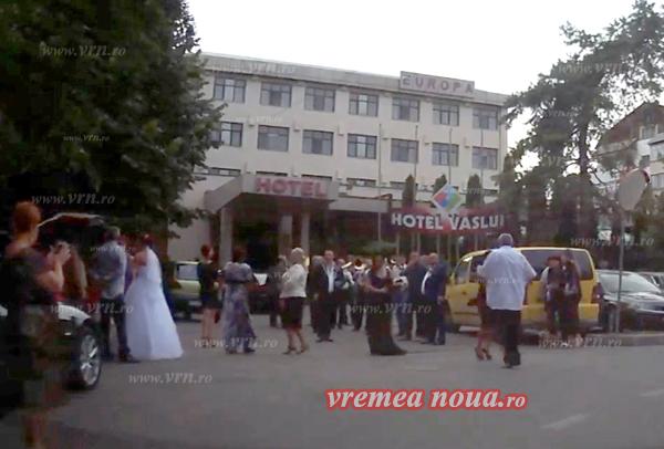 Nuntã tigãneascã, în centrul orasului (video)