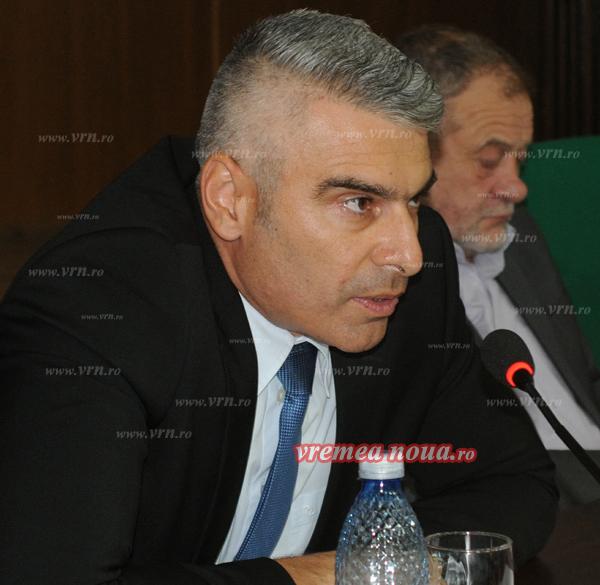 Subprefectul judetului, lãudat de oficialii Ministerului de Interne pentru activitatea sa