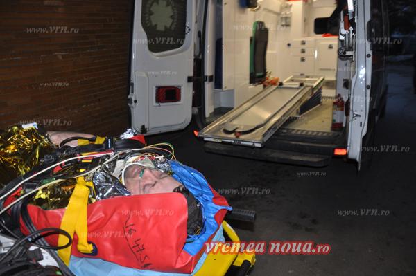 Beat mort si fãrã permis, s-a rãsturnat cu tractorul într-o râpã de patru metri! (foto)