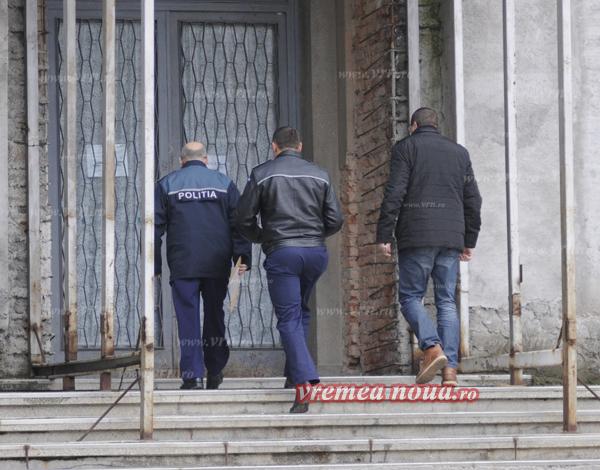 """Pensiile unor politisti, """"calculate"""" de Tribunalul Vaslui"""