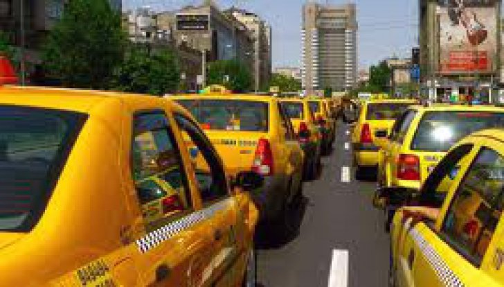 Transportatorii şi taximetriştii blochează Piața Victoriei, începând de mâine. Ce revendicări au