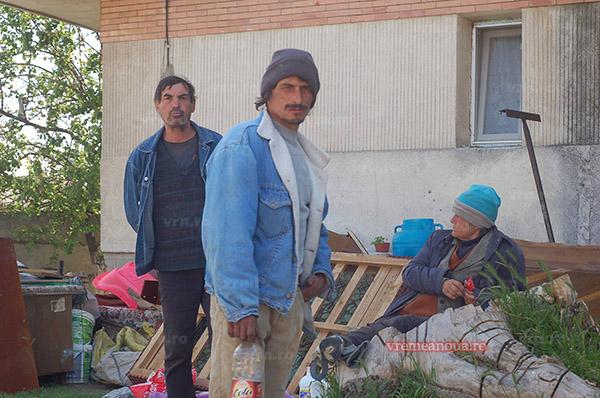A saptea zi de proteste a familiei evacuate de la Husi