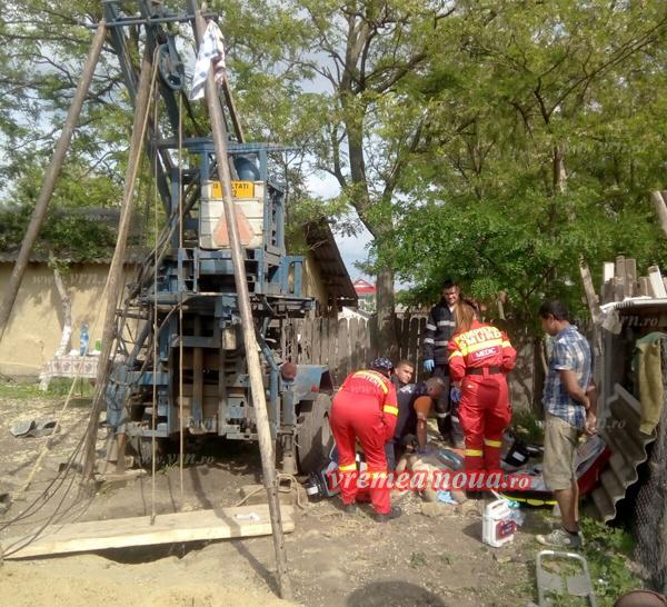 Tânãr mort la Berezeni, astupat cu pãmânt, într-o groapã de 13 metri! (foto, video)