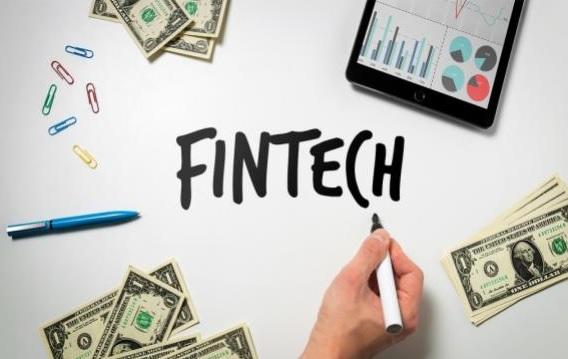 Industria Fintech şi modul în care încearcă să modeleze lumea financiară actuală