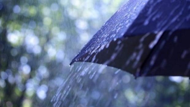 PROGNOZA METEO PE TREI ZILE. Ploile continuă să ne ameninţe, de joi vremea se strică din nou