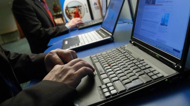 România, Ucraina şi Rusia, lovite de un nou atac cibernetic masiv care vizează bănci, instituţii şi companii. Reacţia SRI