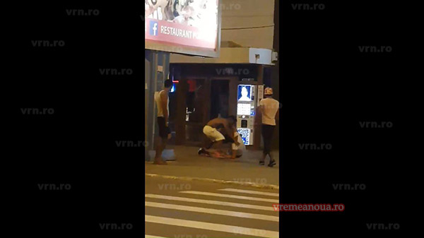 ULTIMA ORA: Bătaie în Bârlad, martori  mulți, poliție … ioc! (VIDEO)