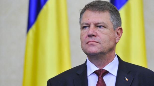 Preşedintele Klaus Iohannis a promulgat, marţi, legea care majorează SALARIILE mai multor categorii de angajaţi