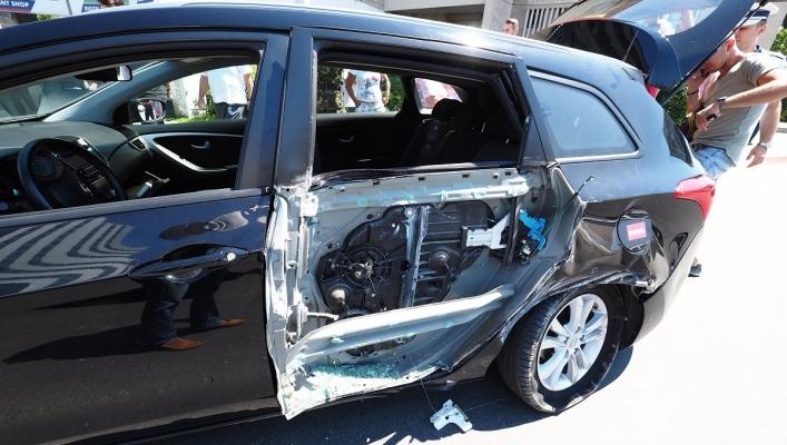 Camion NATO, implicat într-un accident în centrul Sibiului