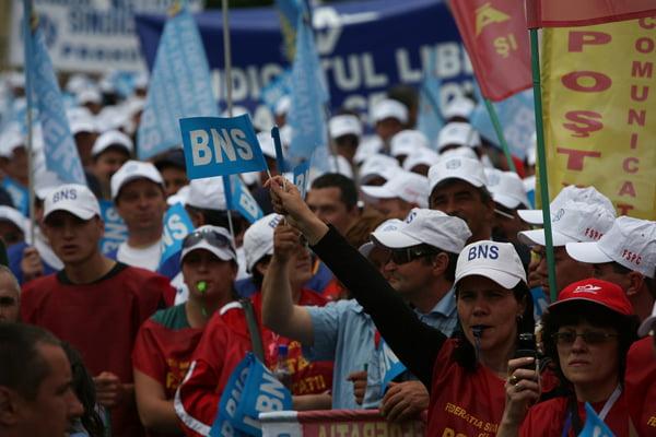 BNS va declansa campanii si proteste împotriva intentiilor Guvernului de a transfera contributiile cãtre angajat