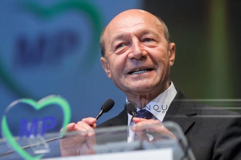 Băsescu: Anularea vizitei preşedintelui Iohannis în Ucraina este o mare eroare politică, în condiţiile în care noua lege a educaţiei încă nu a fost promulgată