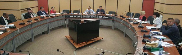 Ministrul Turismului, Mircea Titus Dobre, prezență dezamăgitoare la Neamț