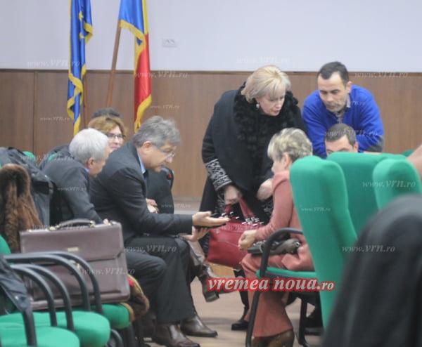 Scandal pentru scaunul directorului Armeanu!