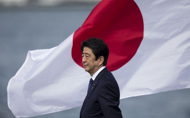 Ne-am făcut de râs. Guvernul a anulat primirea oficială a premierului Japoniei.  Abe se va întâlni cu Iohannis. E primul premier japonez care vine în România