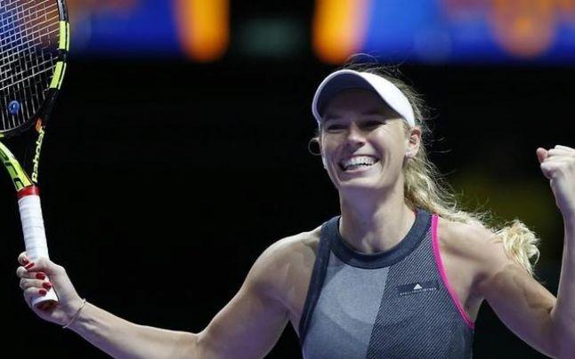 Începe Australian Open: Trei românce joacă luni. Revelaţia Buzărnescu o poate ajuta pe Halep încă din prima zi