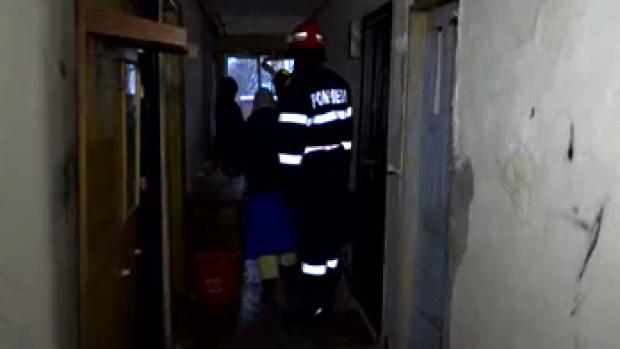 Două persoane din Brăila au ajuns la spital cu arsuri grave după ce butelia a explodat