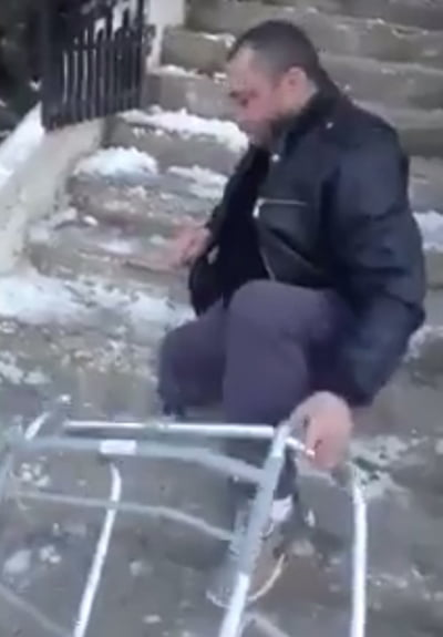Târâs, pânã la medicul de familie! (video)