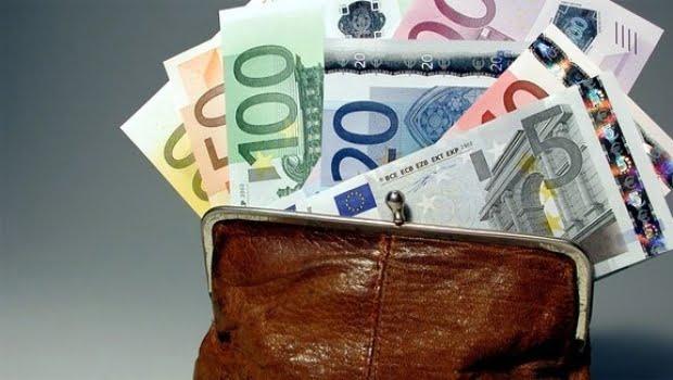 România este a TREIA ţară din UE care are cel mai MIC SALARIU MINIM pe economie