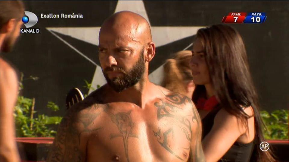 Roxana Kirita o pune la punct pe iubita lui Cazacu! Ana a declarat ca Giani a intretinut relatii intime cu Claudia Pavel!