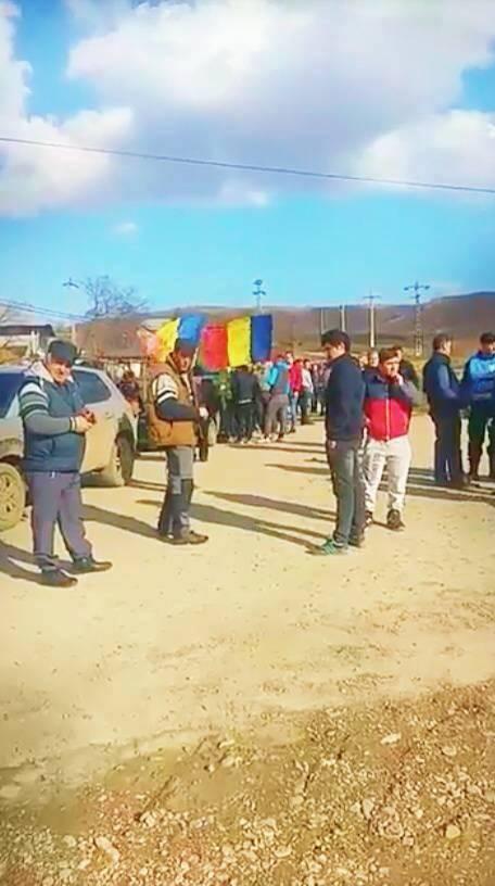 A început protestul de la Bunești-Averești! (VIDEO)