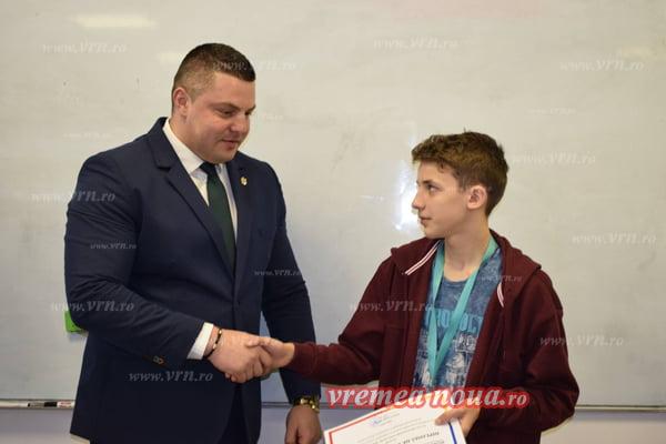 Diplomã de Excelentã pentru copilul minune al Vasluiului