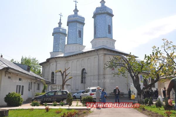 "Biserica ""Sf. Gheorghe"" din Bârlad aniverseazã 200 de ani de existentã! | FOTO"
