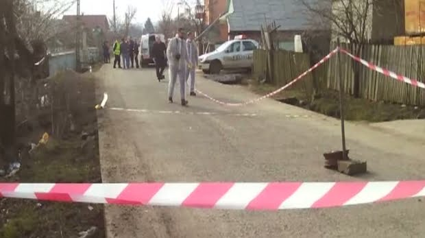Un bărbat a ajuns în stare gravă la spital, înjunghiat în zona inimii de iubitul fostei soţii