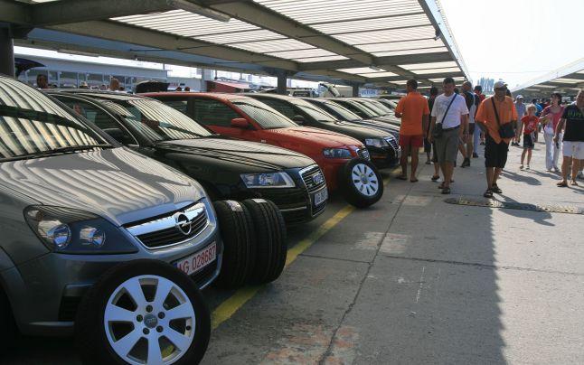 UE strânge România cu uşa ca să returneze mai repede banii din taxa auto